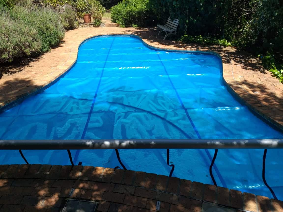 bubble wrap pool cover cape town - oct 2018 5