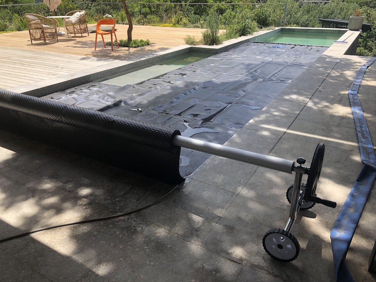 Swimming Pool Cover Rollers » Swimming Pool Covers Cape Town - Solar ...