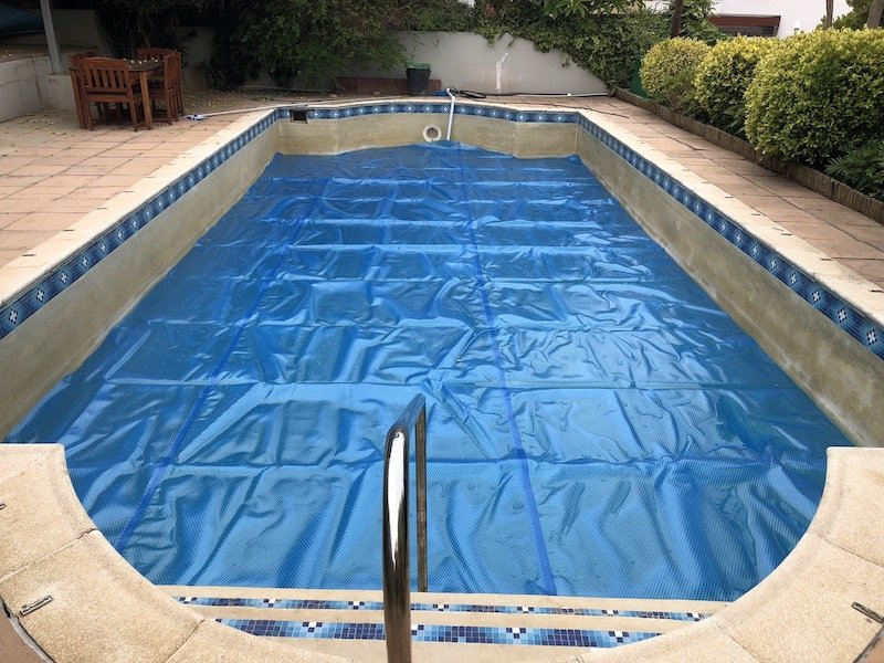 swimming pool covers cape town bubble wrap pool cover 3 » Swimming ...